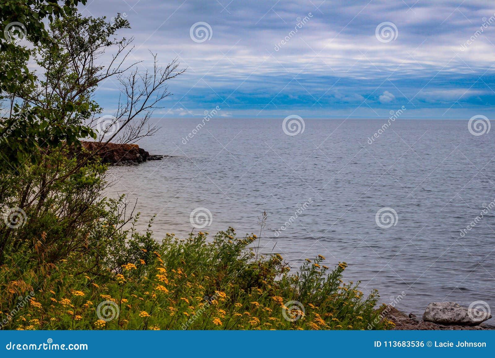 Förbise Lake Superior från MN för två hamnar