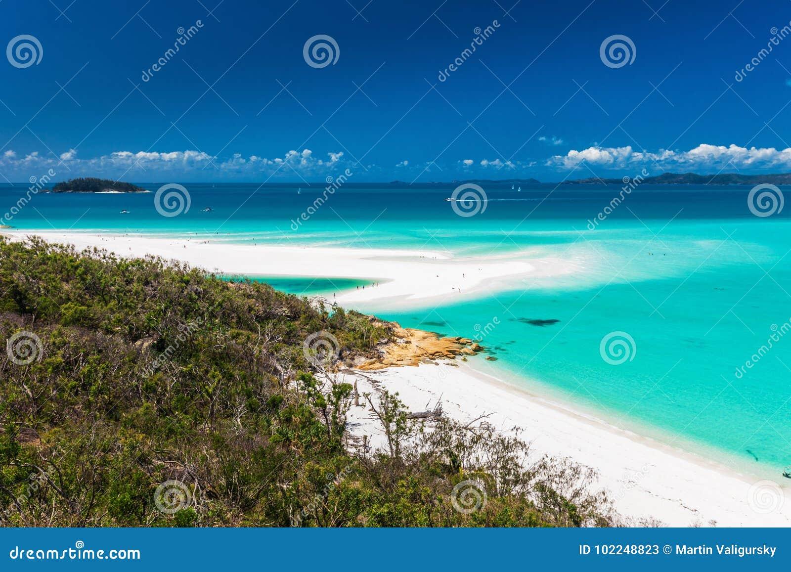 Förbluffa den Whitehaven stranden i pingstdagöarna, Queensland,
