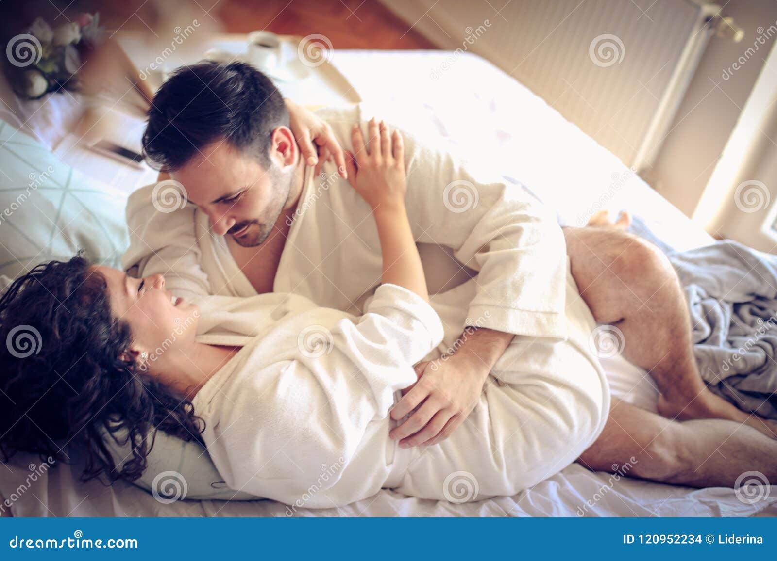 Förbunden förälskelse sensuality