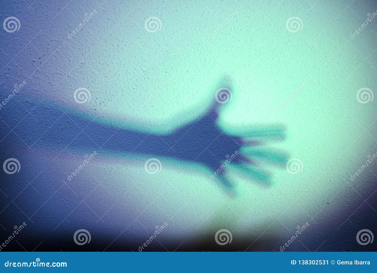 Fördjupad arm med skugga