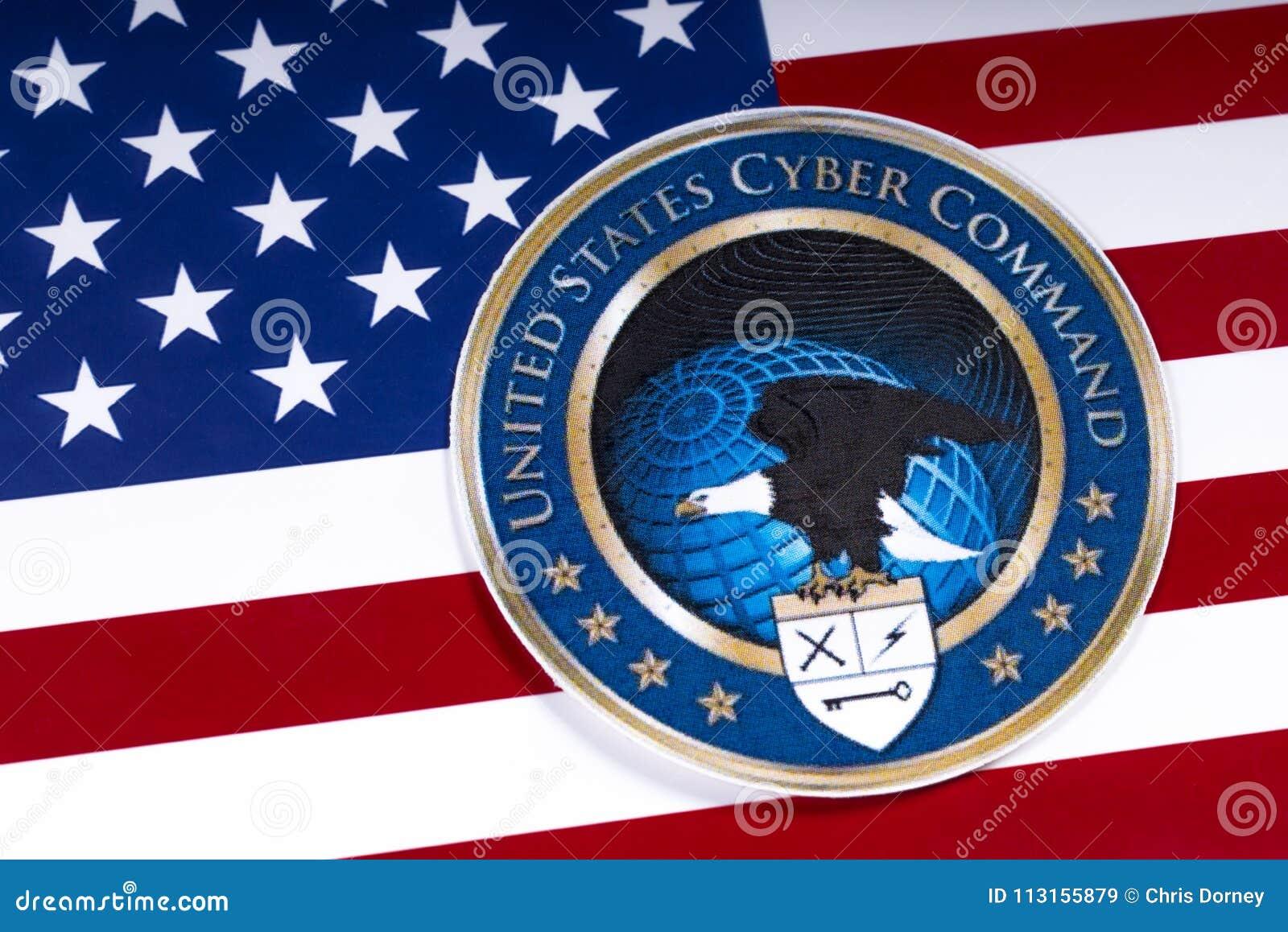 Förenta staternaCyberkommando och USA-flaggan