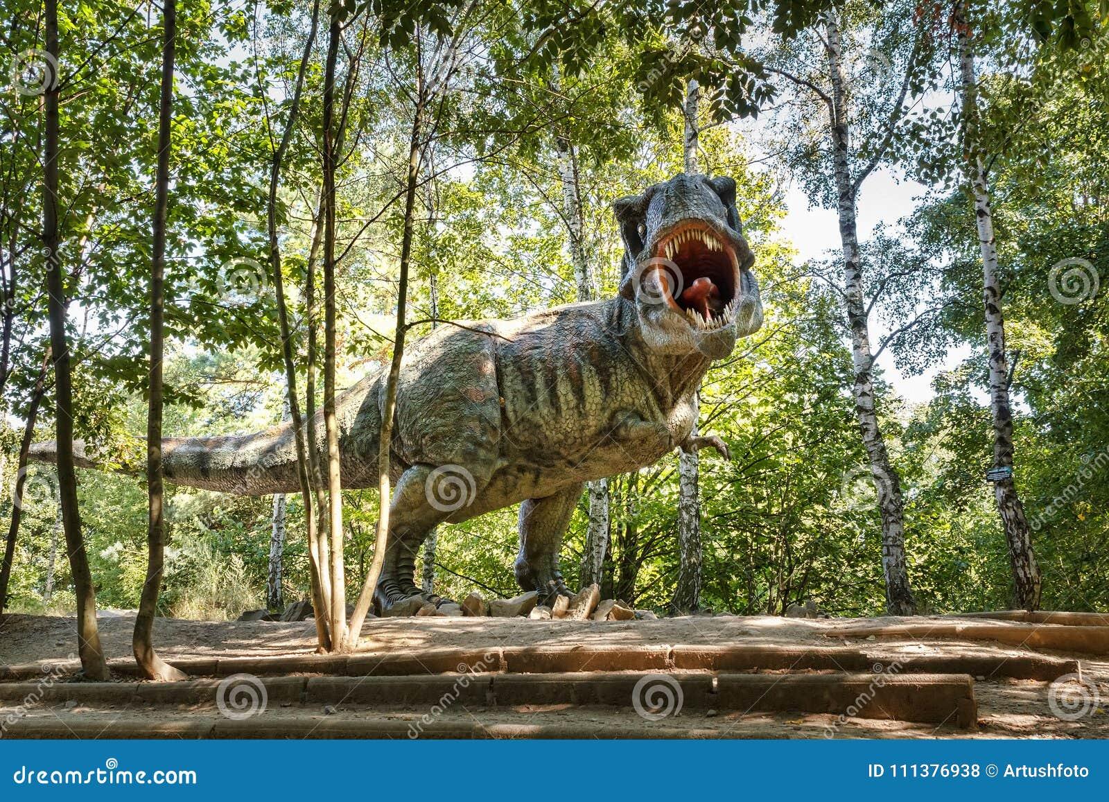 Förhistorisk dinosaurietyrannosarie Rex i djurliv