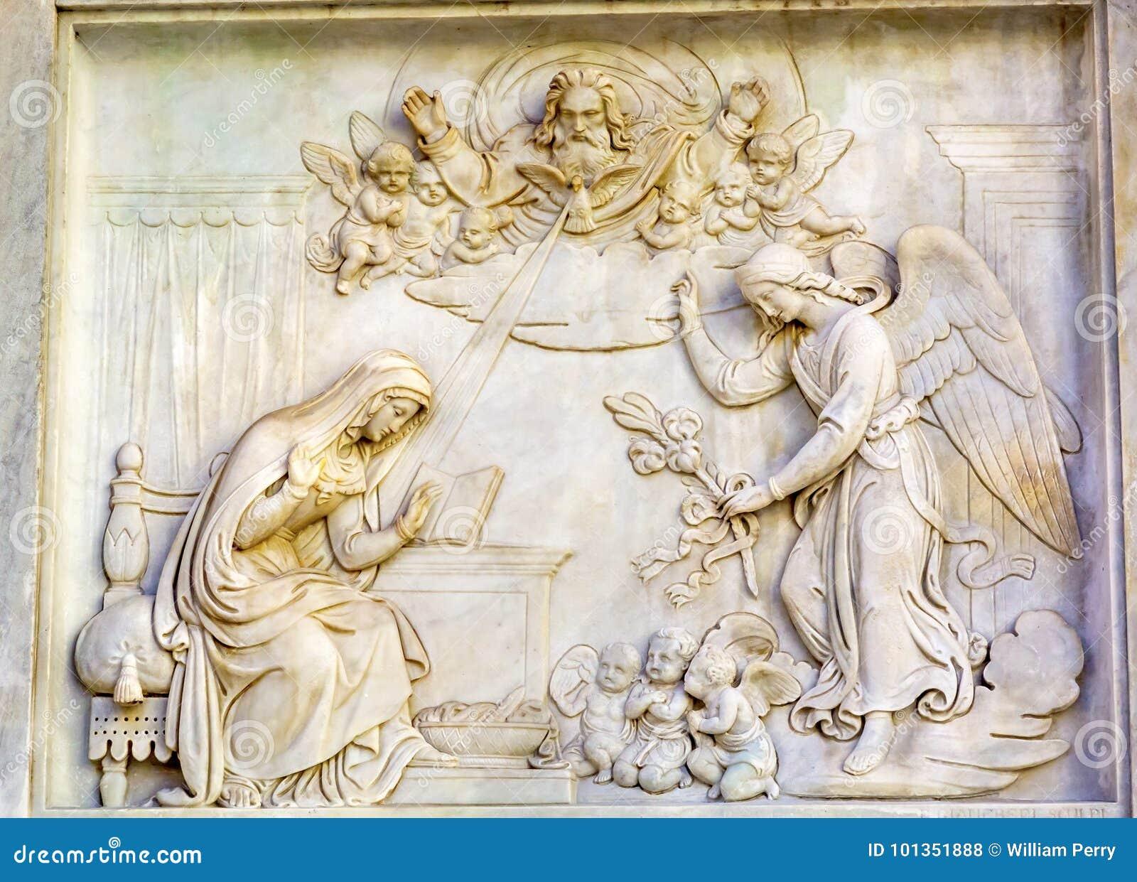 FörklaringAngel Virgin Mary Statue Immaculate befruktning Colu