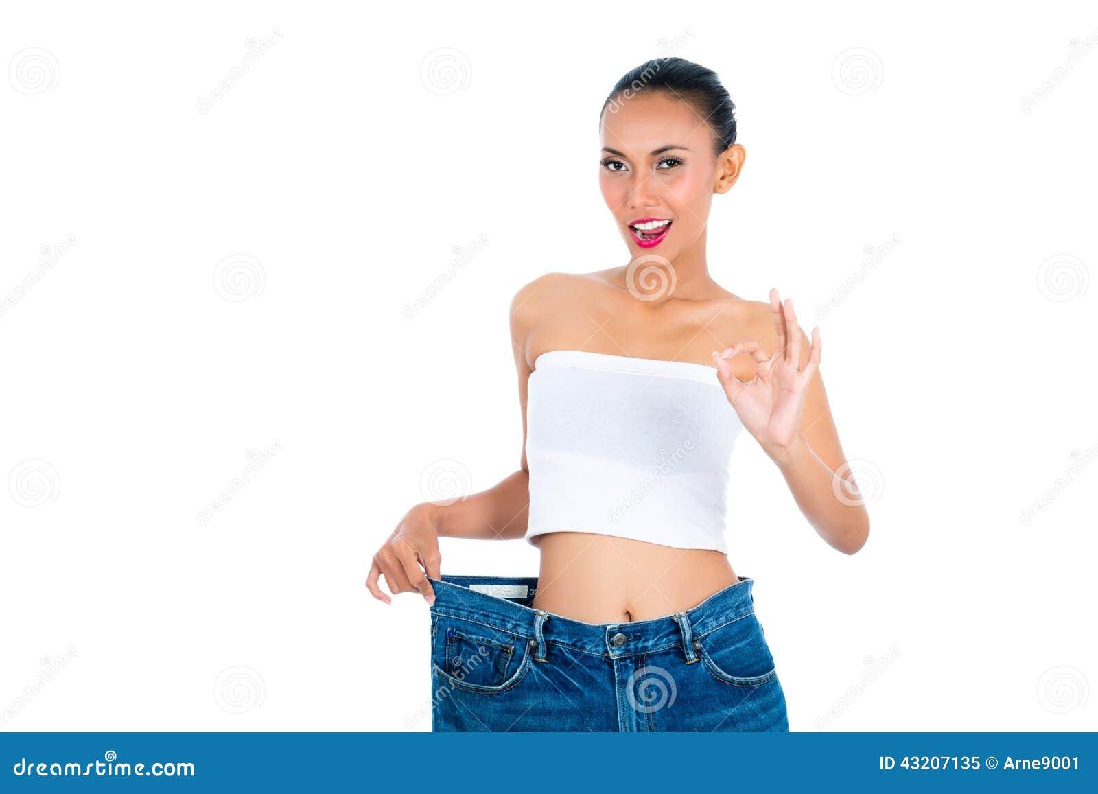 Download Förlorande Vikt För Ung Asiatisk Kvinna Fotografering för Bildbyråer - Bild av sportigt, kondition: 43207135