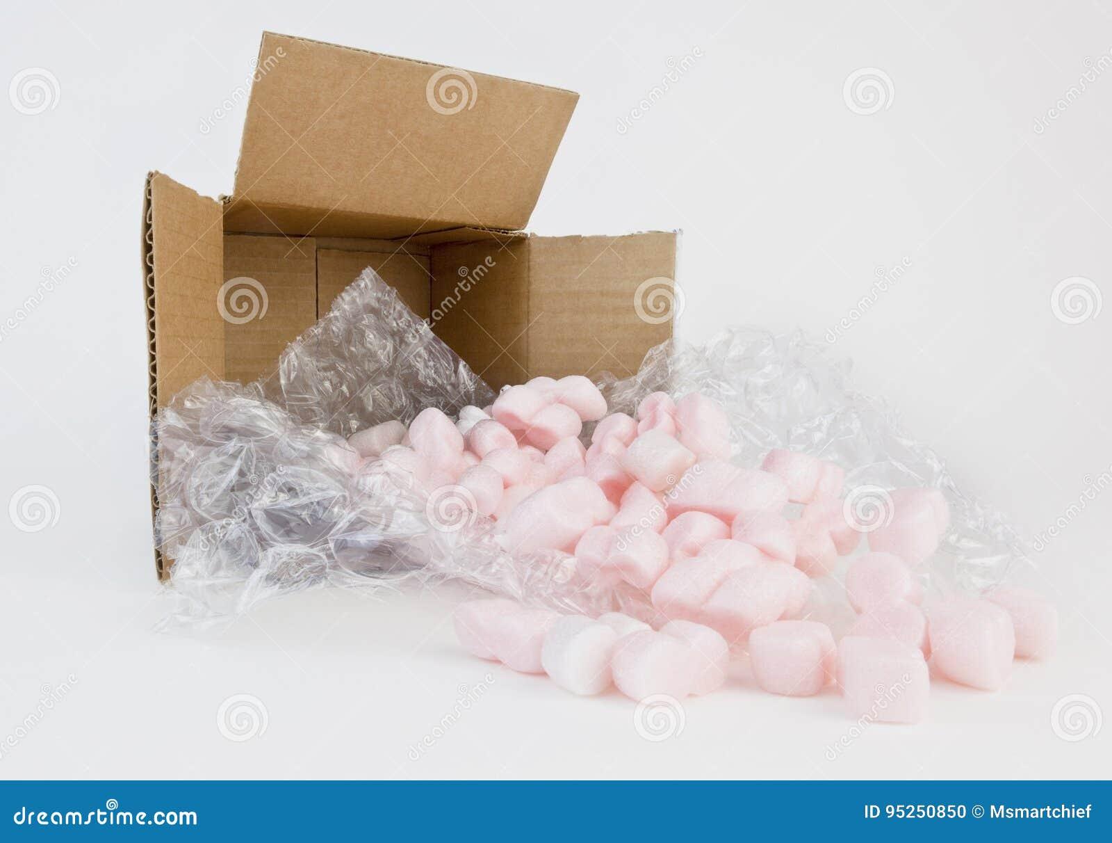 Förpackande kuddar och jordnötter