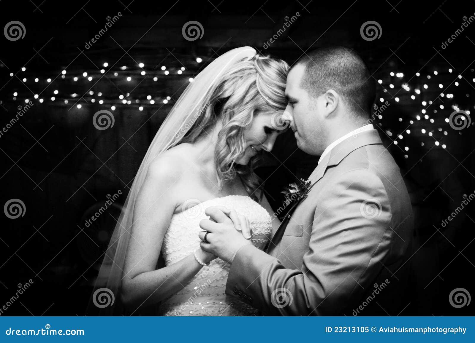 Första brudgum för bruddans