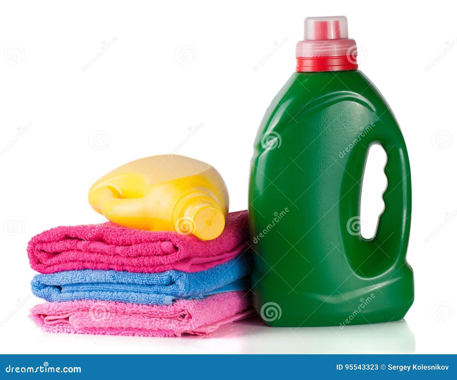 Füllen Sie Waschmittel Und Conditioner Oder