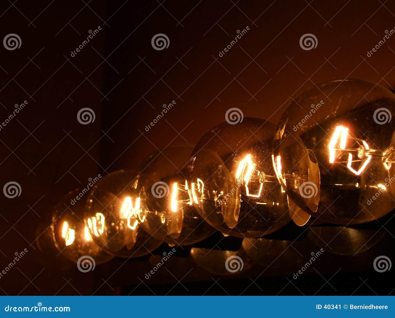 Fünf Leuchten