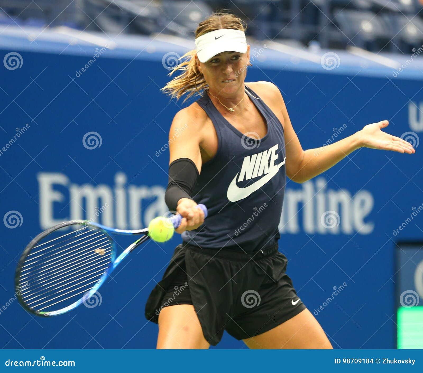 Fünfmal Grand Slam-Meister Maria Sharapova der Russischen Föderation übt für US Open 2017