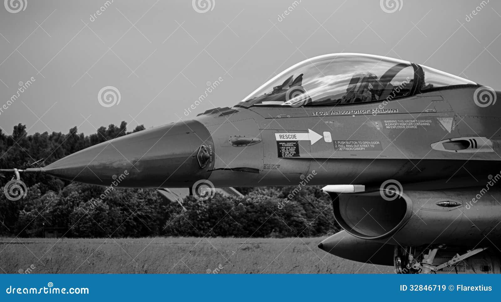 F-16猎鹰