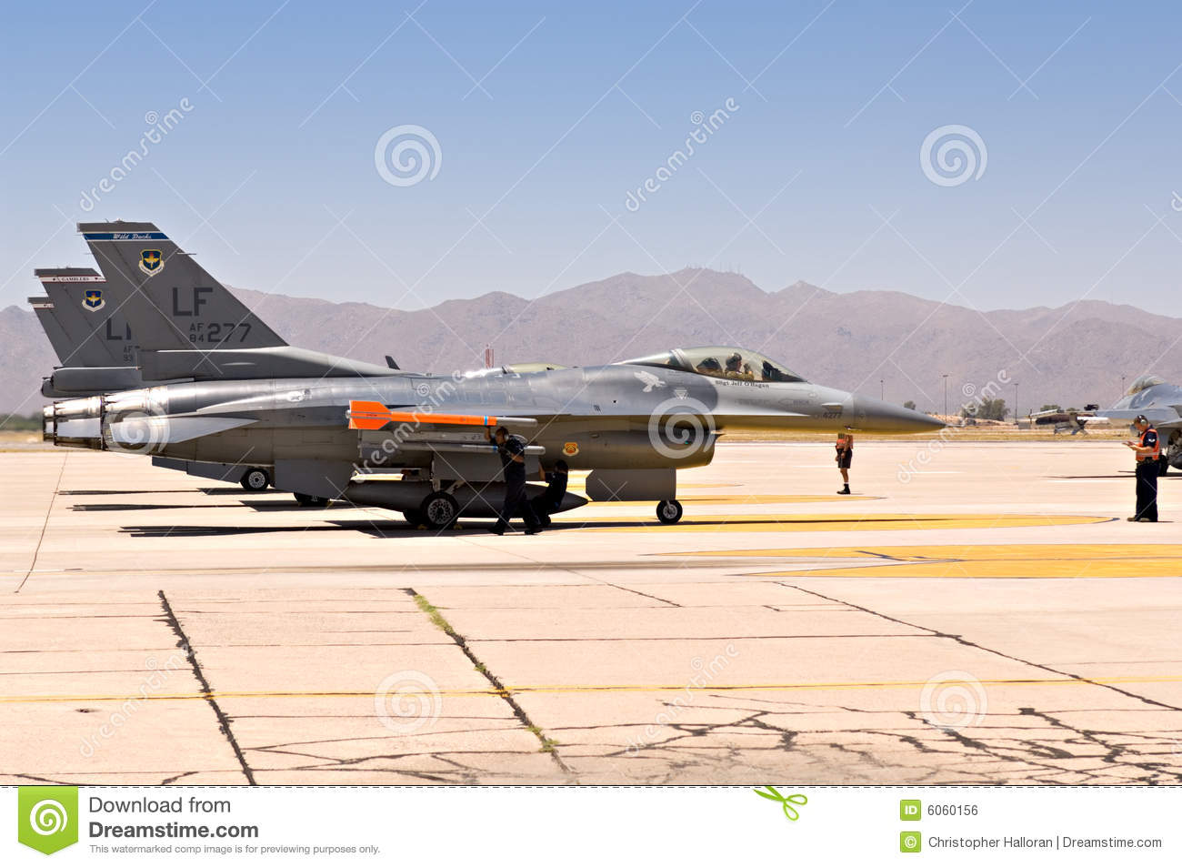 F-16 Falcon fighter jets