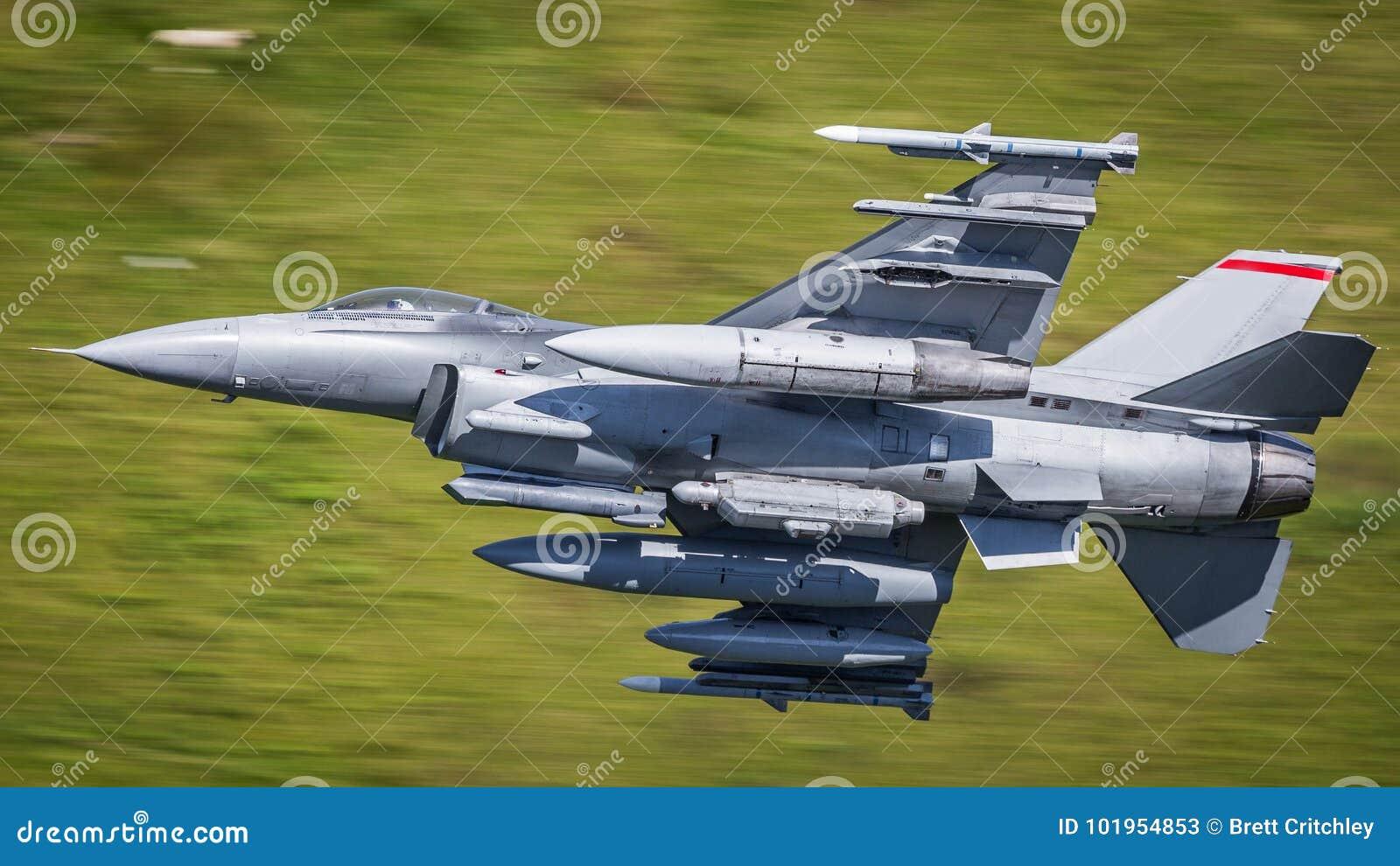 F16 fighter jet aircraft