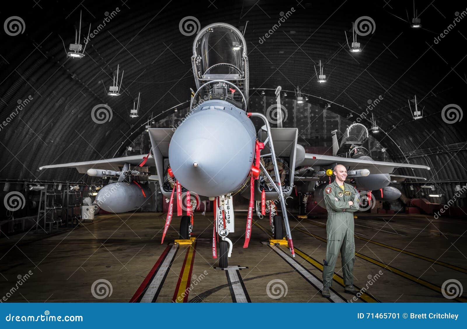 F15 hangor的喷气式歼击机飞行员