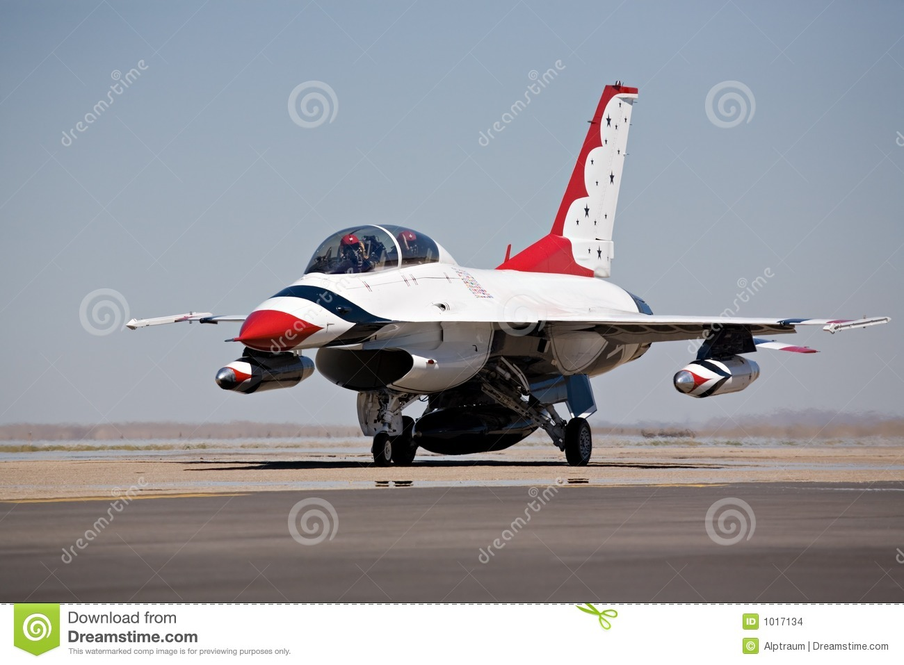 F16 taxi for takeoff stock photo  Image of pilots, runway - 1017134