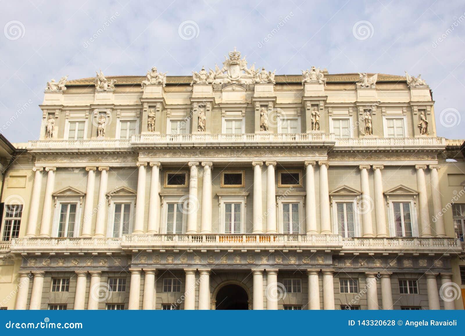 Façade do Palazzo Ducale em Genoa