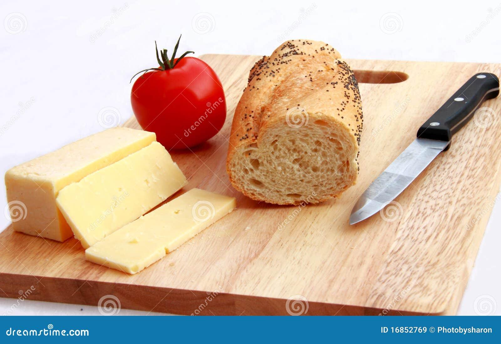 Faça um Baguette do queijo e do tomate