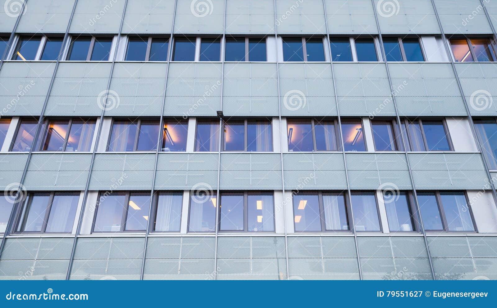 Façade de l immeuble de bureaux moderne image stock image du