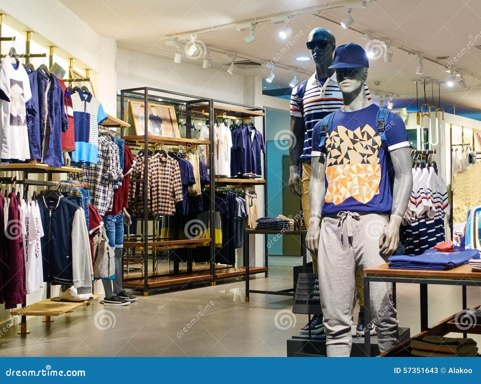 Fa onnez le magasin int rieur de magasin d 39 habillement d for Vetement d interieur homme