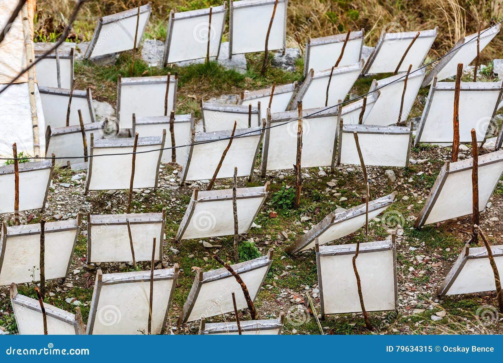 Fabbricazione di carta tradizionale