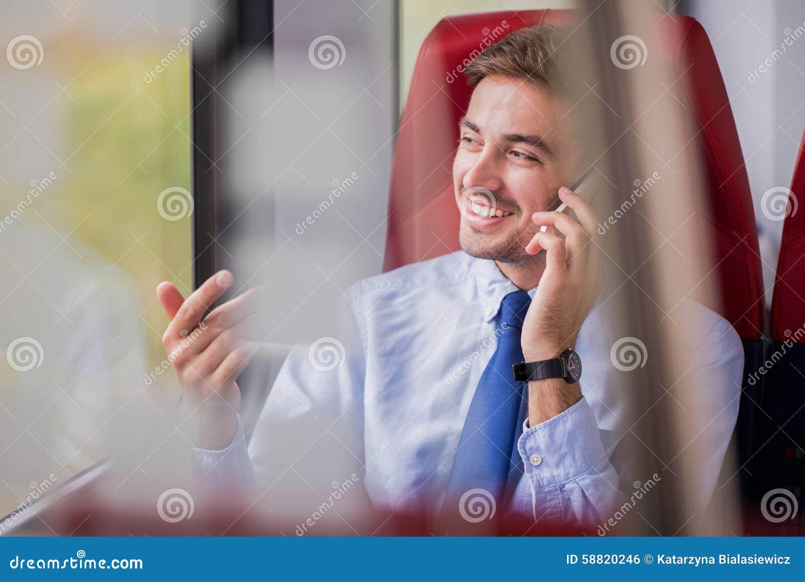 Fabricación de trato por llamada de teléfono