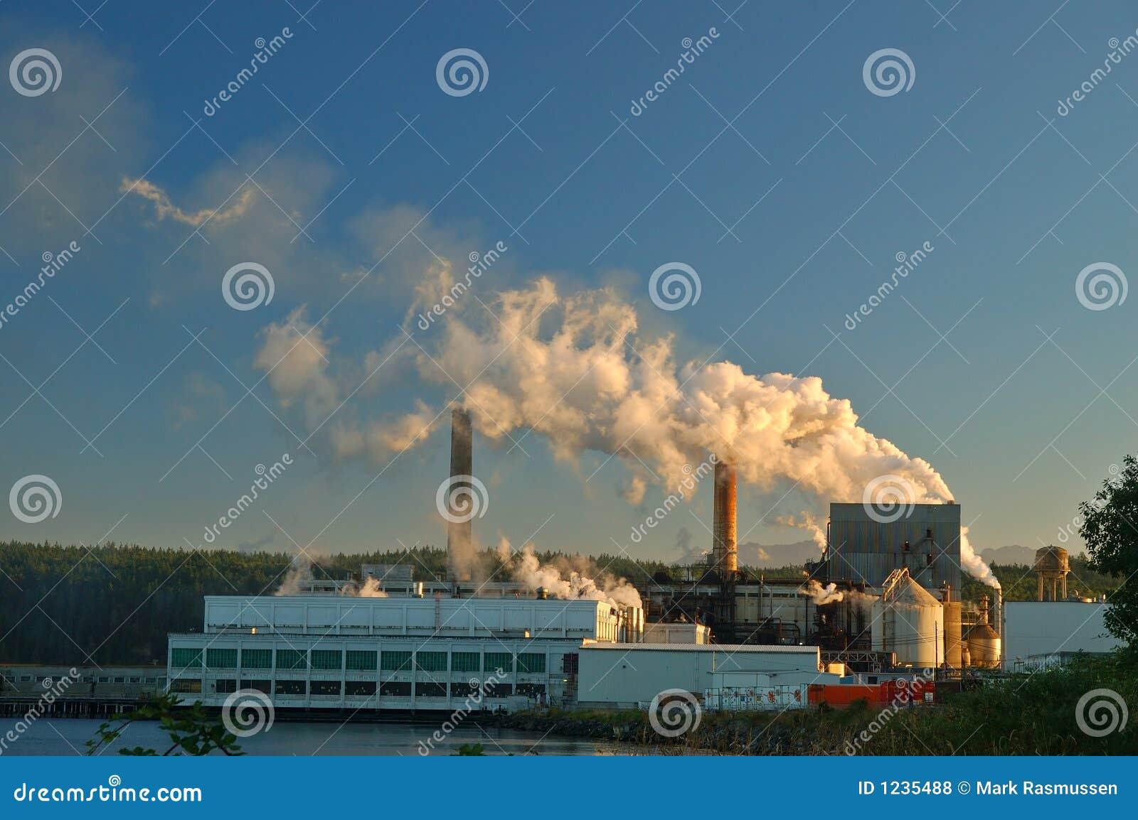 fabrik stockfoto bild von luft masse tausendstel smog. Black Bedroom Furniture Sets. Home Design Ideas