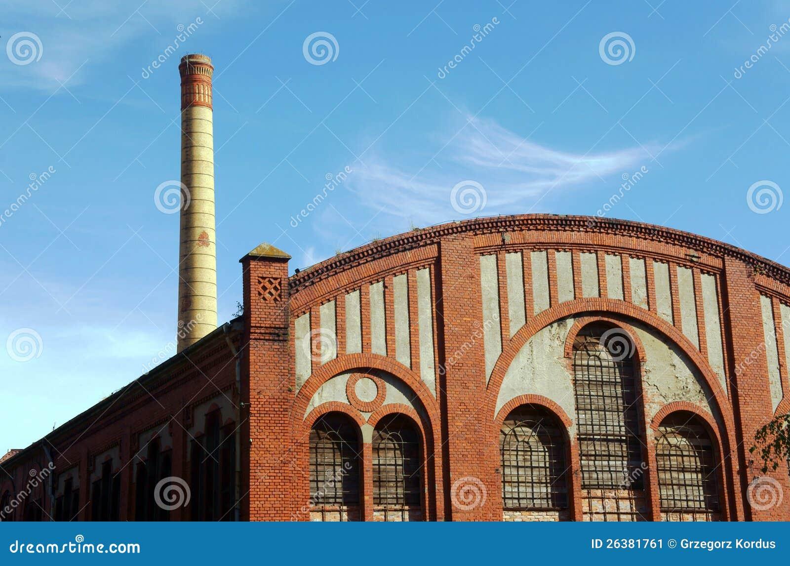 Fußboden Aus Polen ~ Fabrik fußboden und smokestack im alten gaswerk stockbild bild von