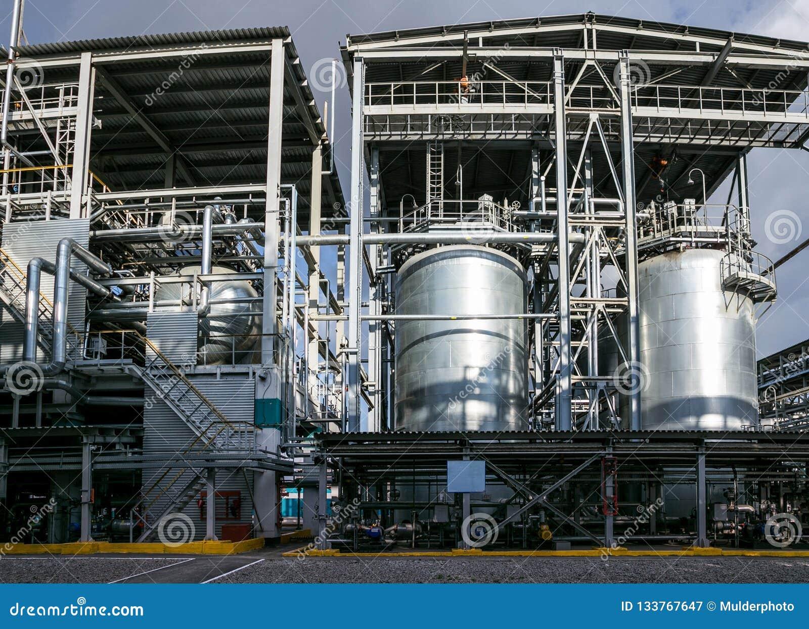Fabryka chemiczna Elastomer i termoplastyczna linia produkcyjna Wielkie bednie dla przygotowywać monomers i polimeryzację