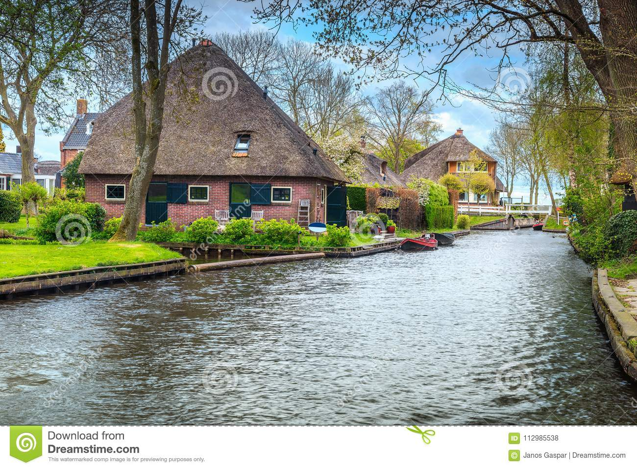 Fabulous dutch village with gardens and houses, Giethoorn, Netherlands, Europe