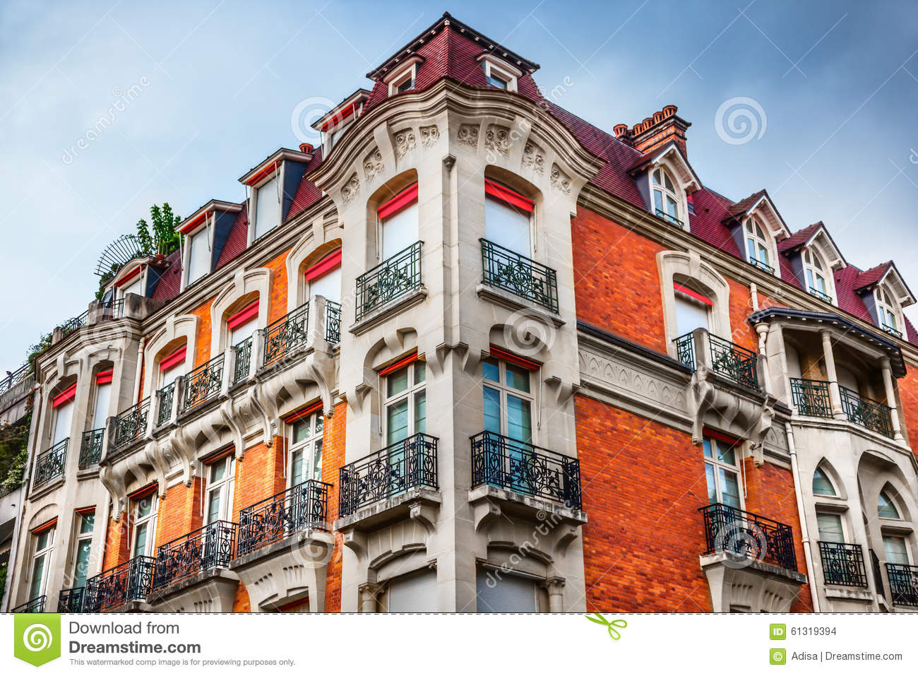 facade of building in paris stock photo image 61319394. Black Bedroom Furniture Sets. Home Design Ideas