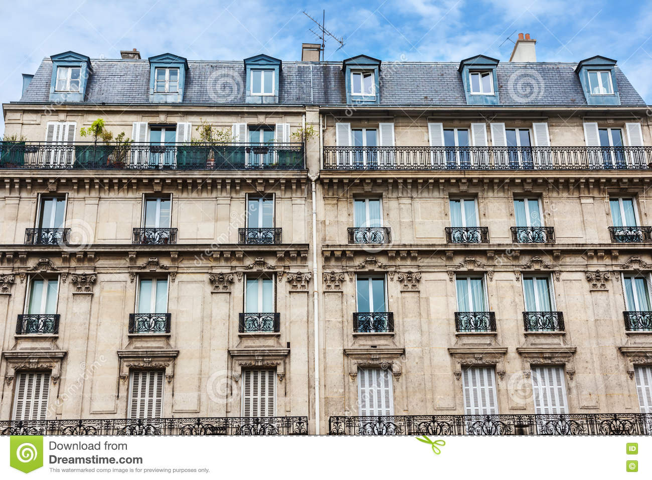 facade of building in paris stock photography 65794124. Black Bedroom Furniture Sets. Home Design Ideas