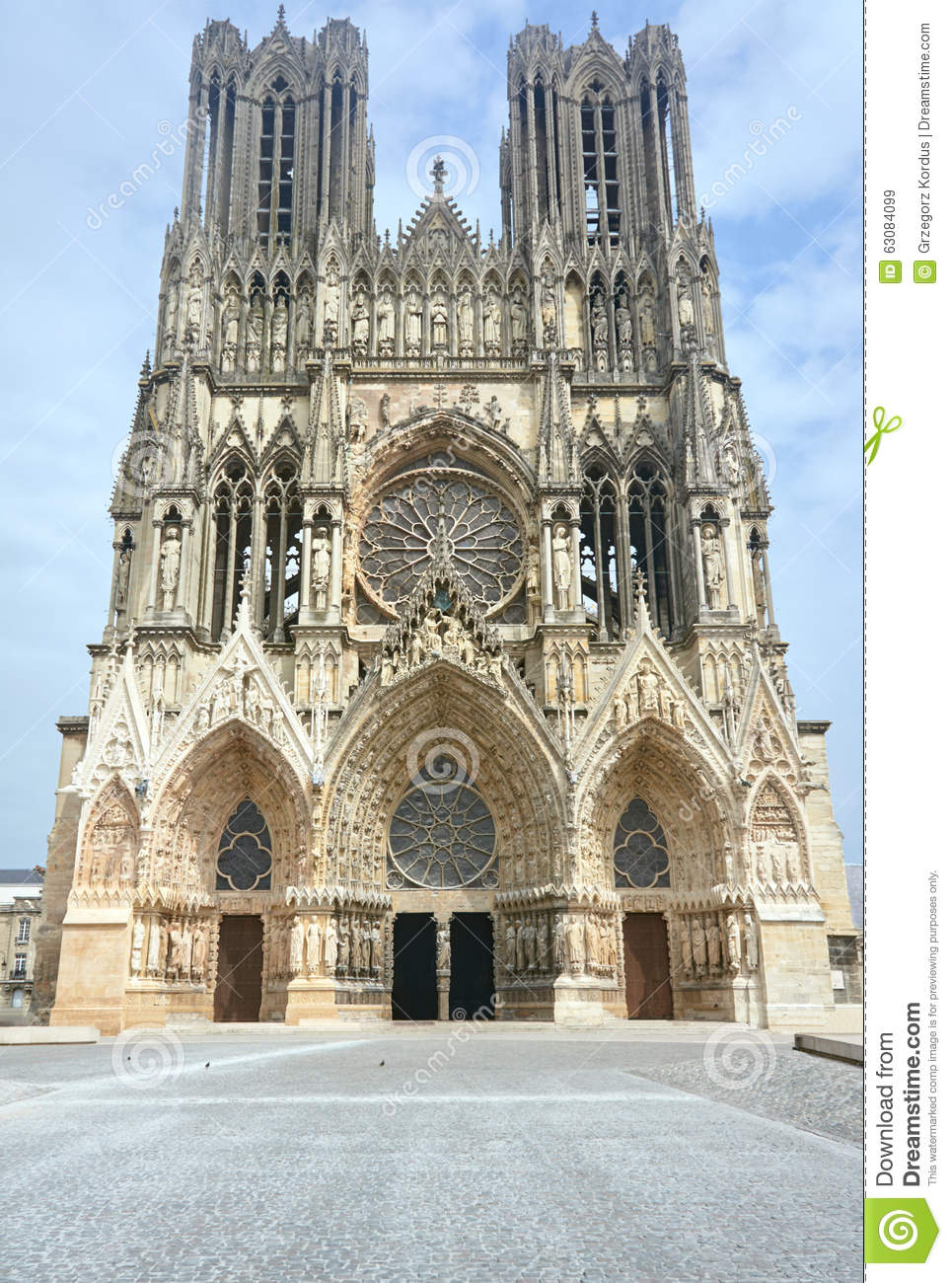 Facade Of The Cathedral Of Notre Dame De Reims Stock Image