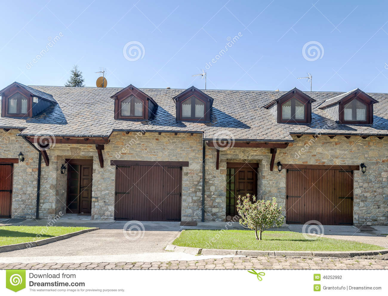 Facade of stone house Houses with stone facade