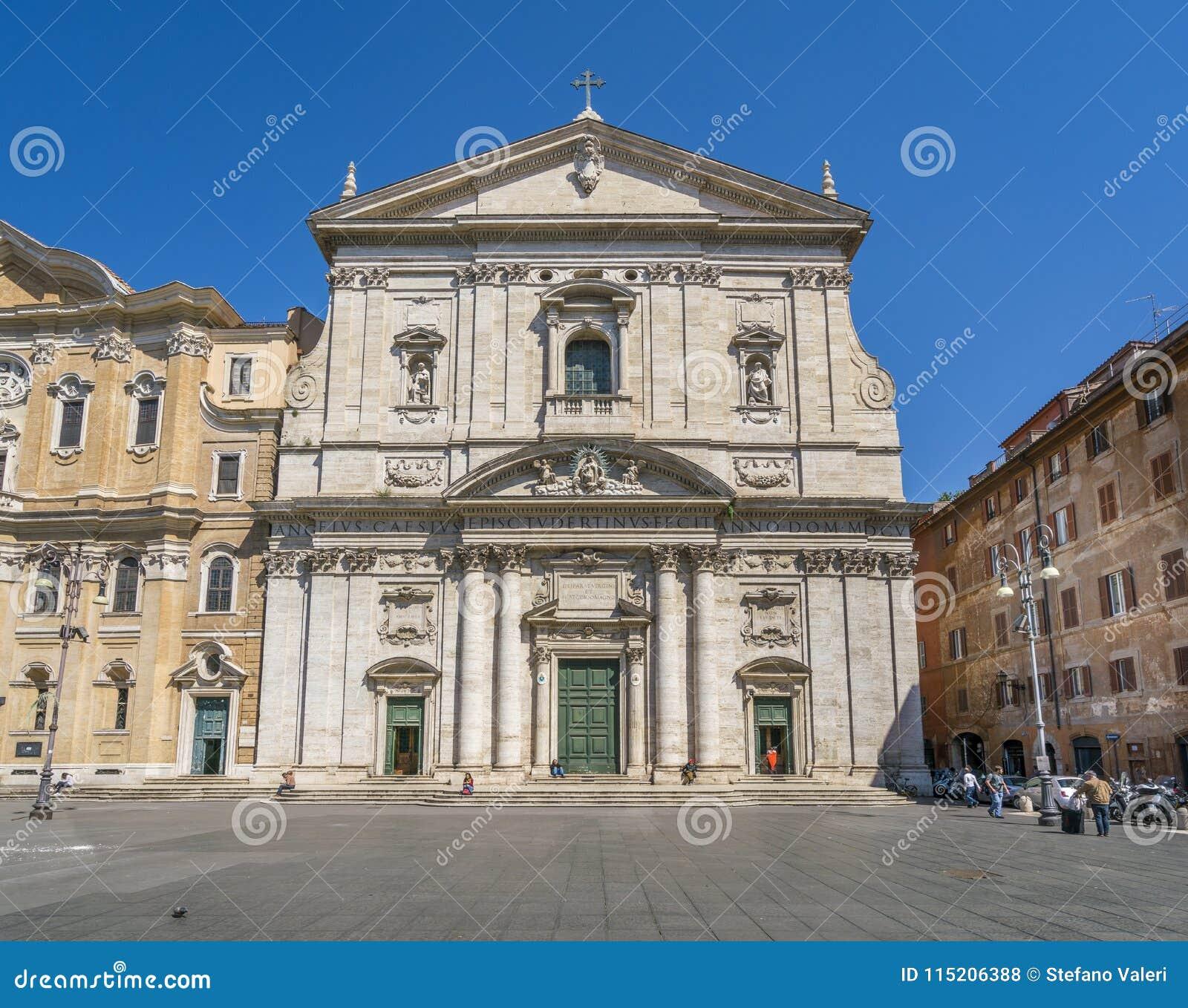 Facciata Della Chiesa Di Santa Maria In Vallicella O In Chiesa Nuova