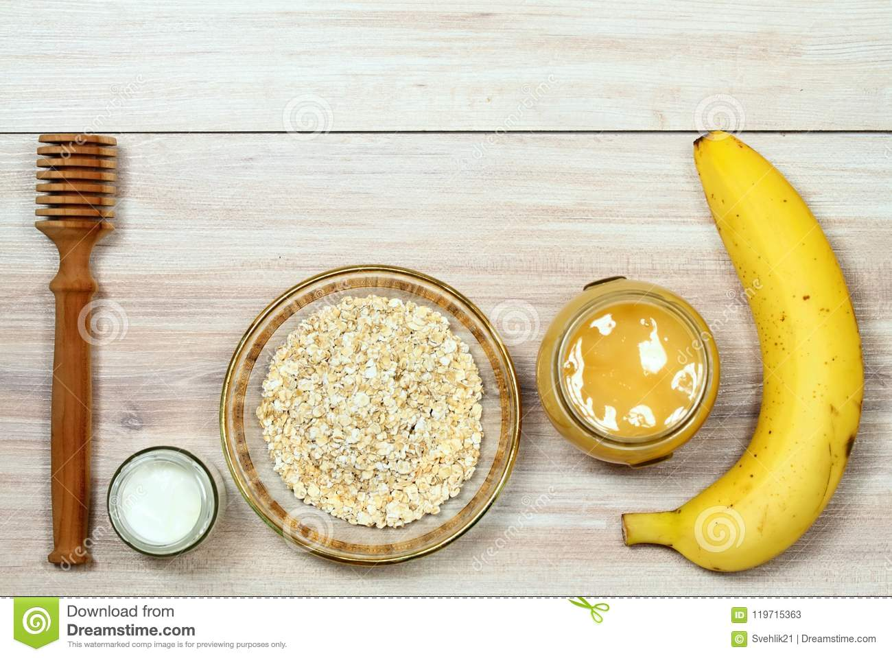 Face Mask From Oatmeal Yogurt Banana And Honey Stock Image Image