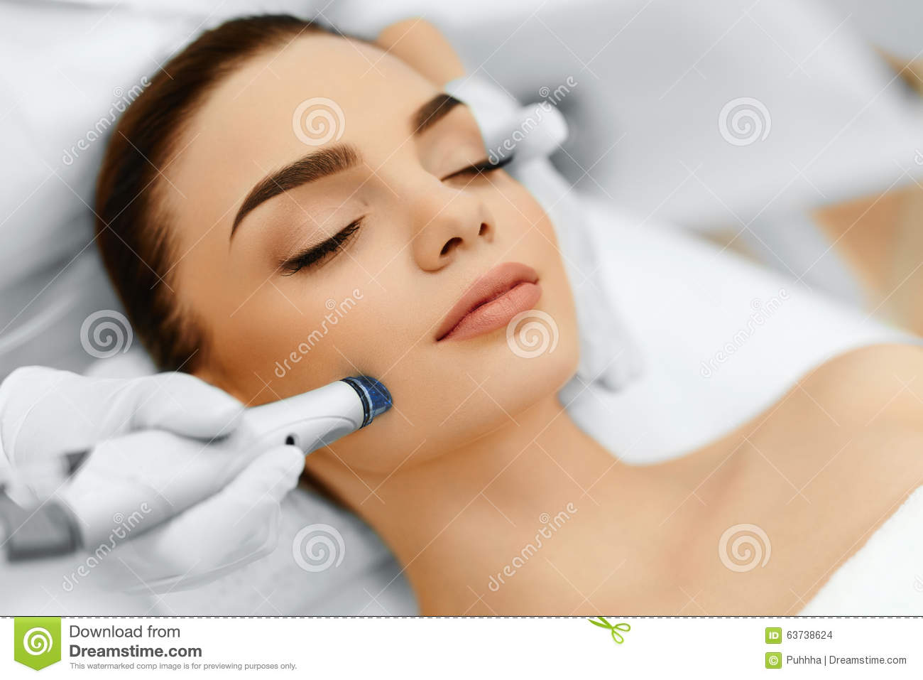Download Face Skin Care. Facial Hydro Microdermabrasion Peeling Treatment Stock Photo - Image of dermabrasion, close: 63738624