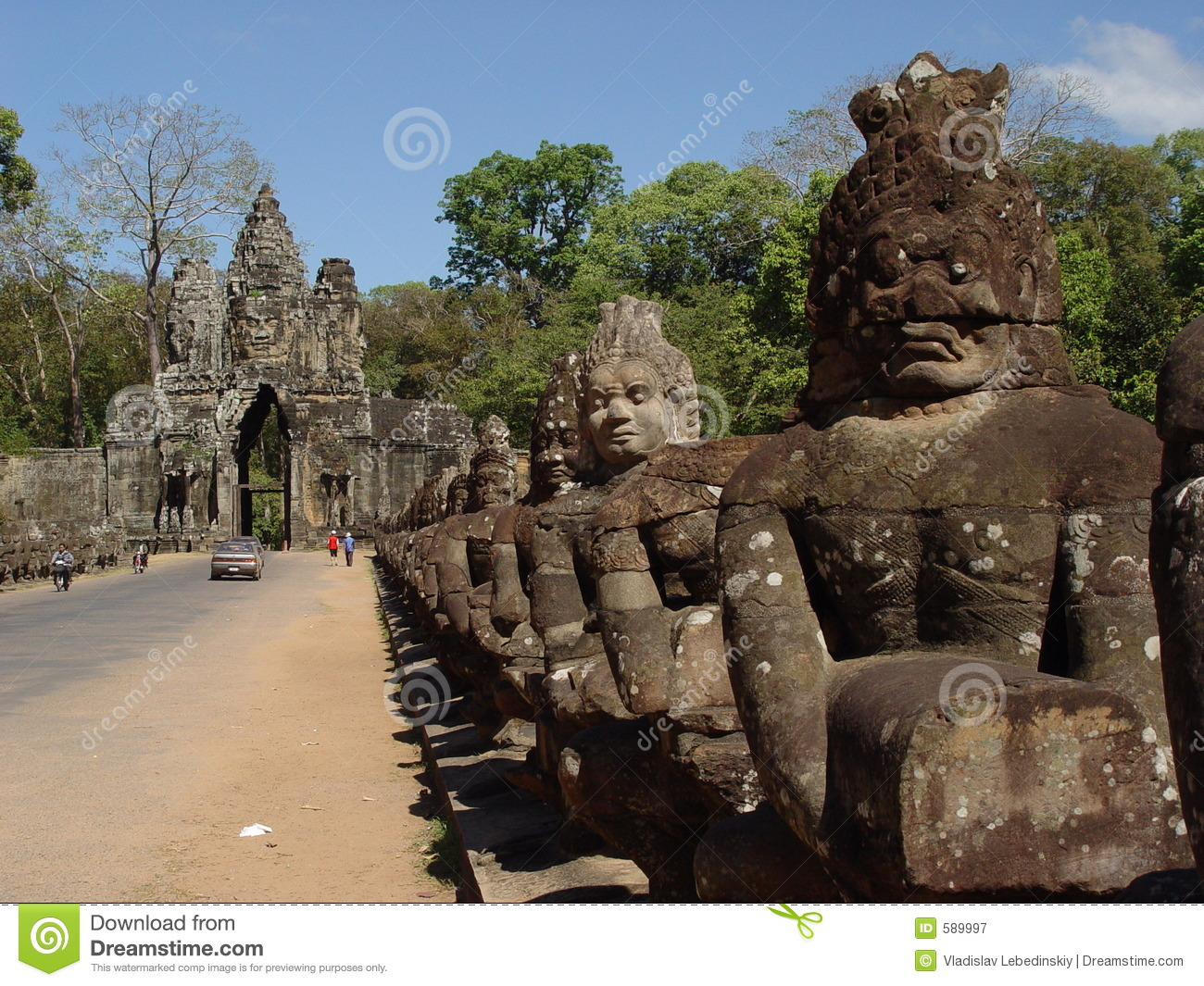 Face Statues in Angor Wat