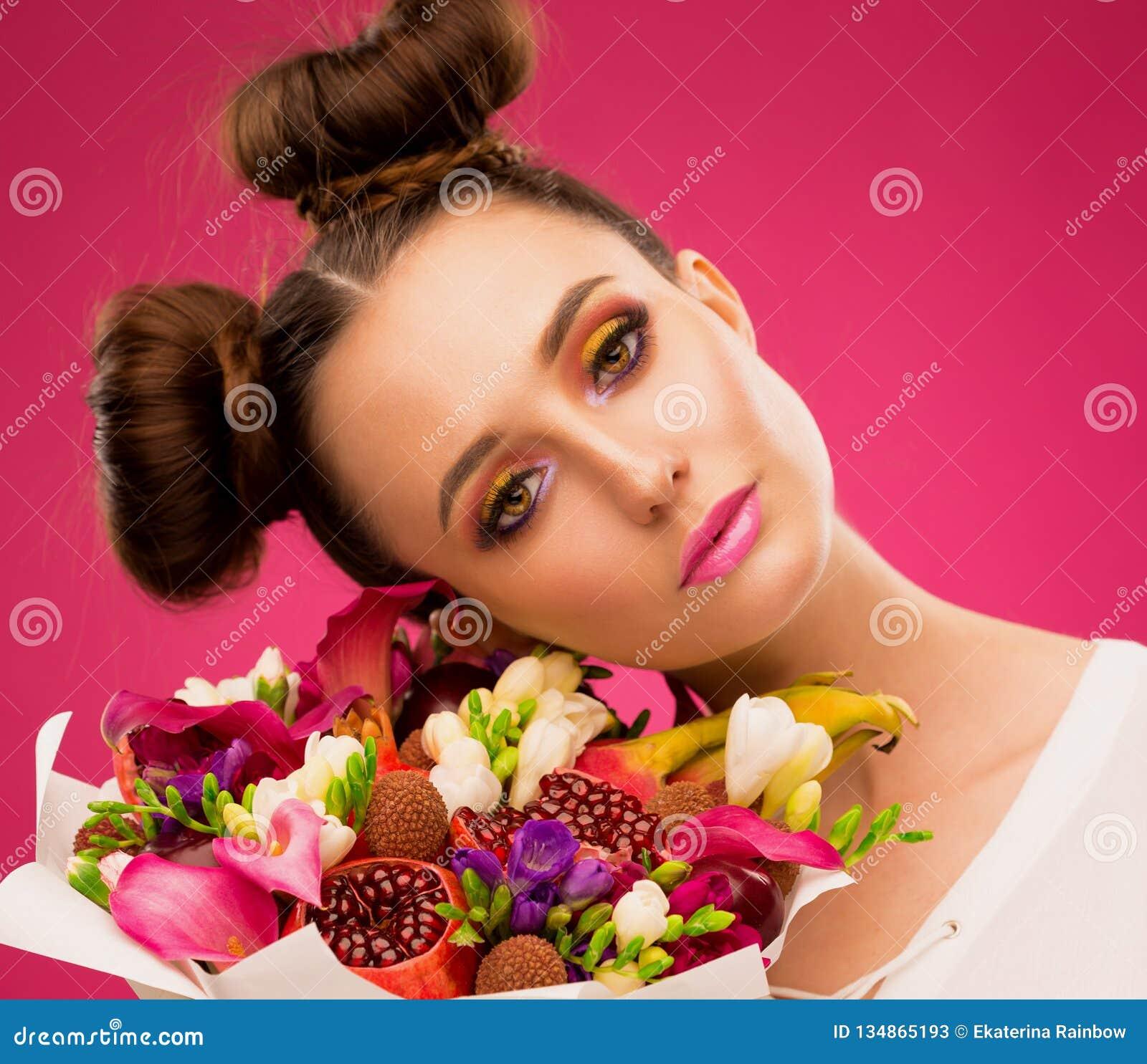 Face woman, fruit bouquet, pink