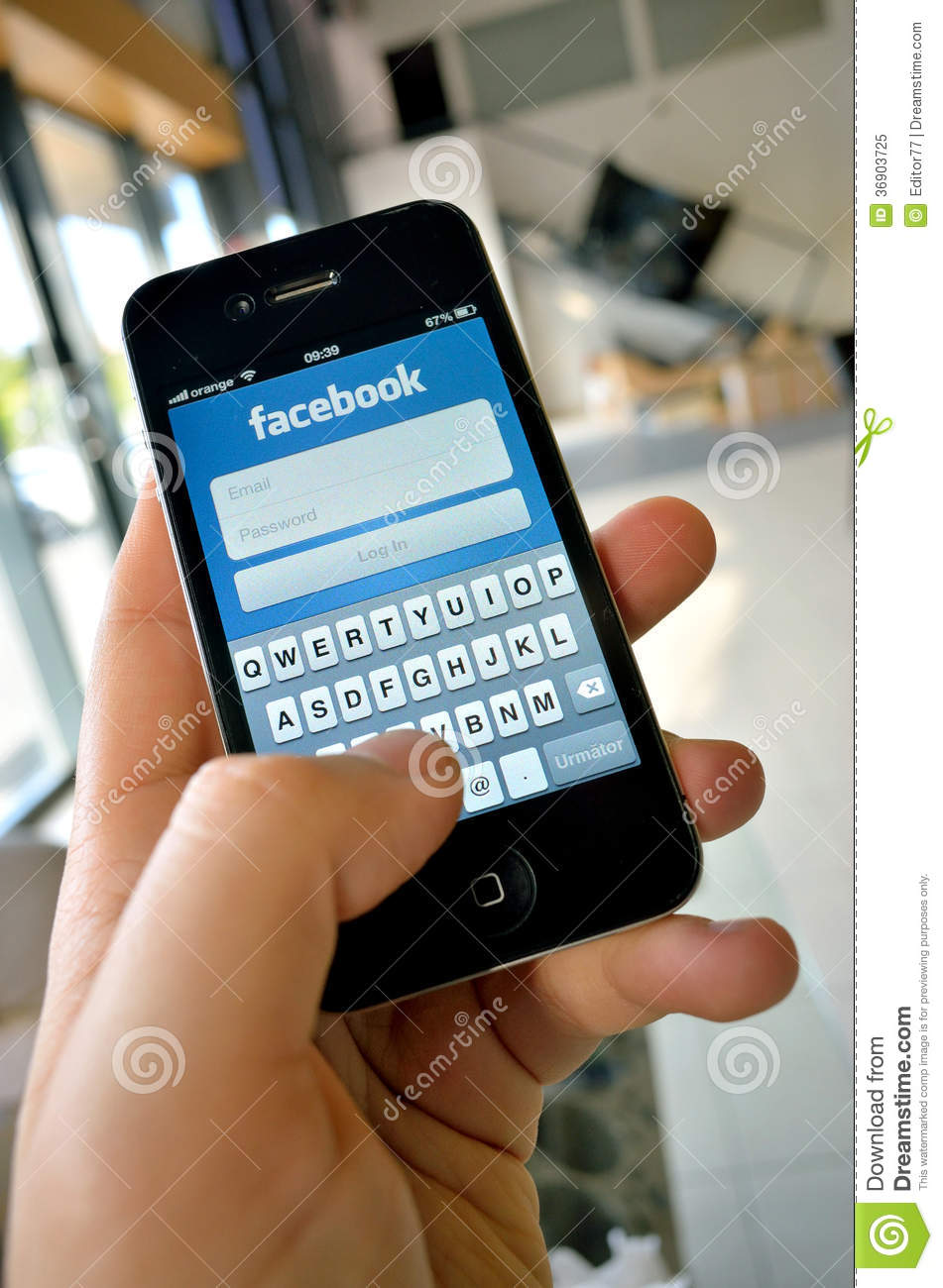 free facebook app for iphone on iphone 4s editorial image image of left 16953
