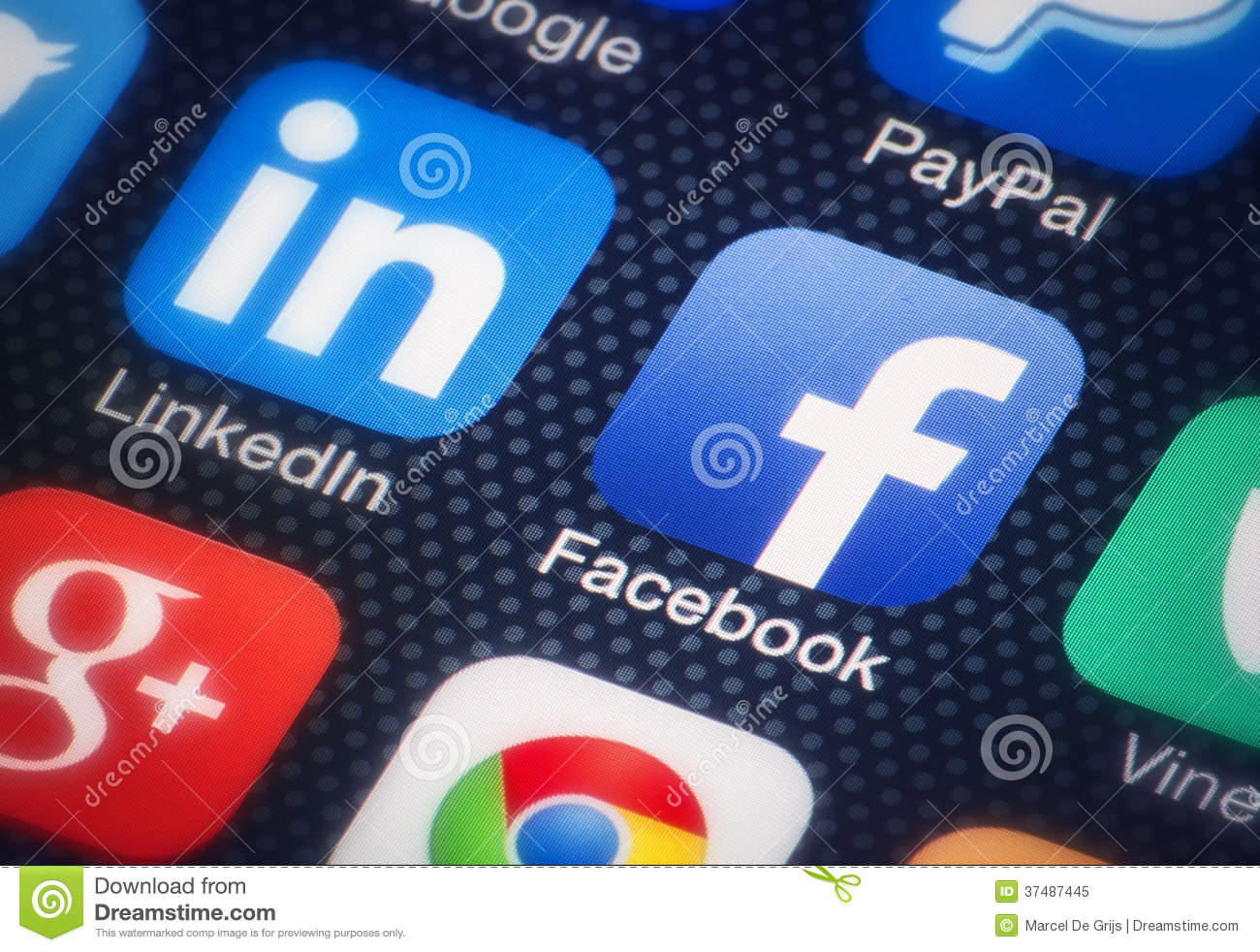 facebook social network service The complex web of interactions between social networking service users to social networking and ethics have social networks like those on facebook.