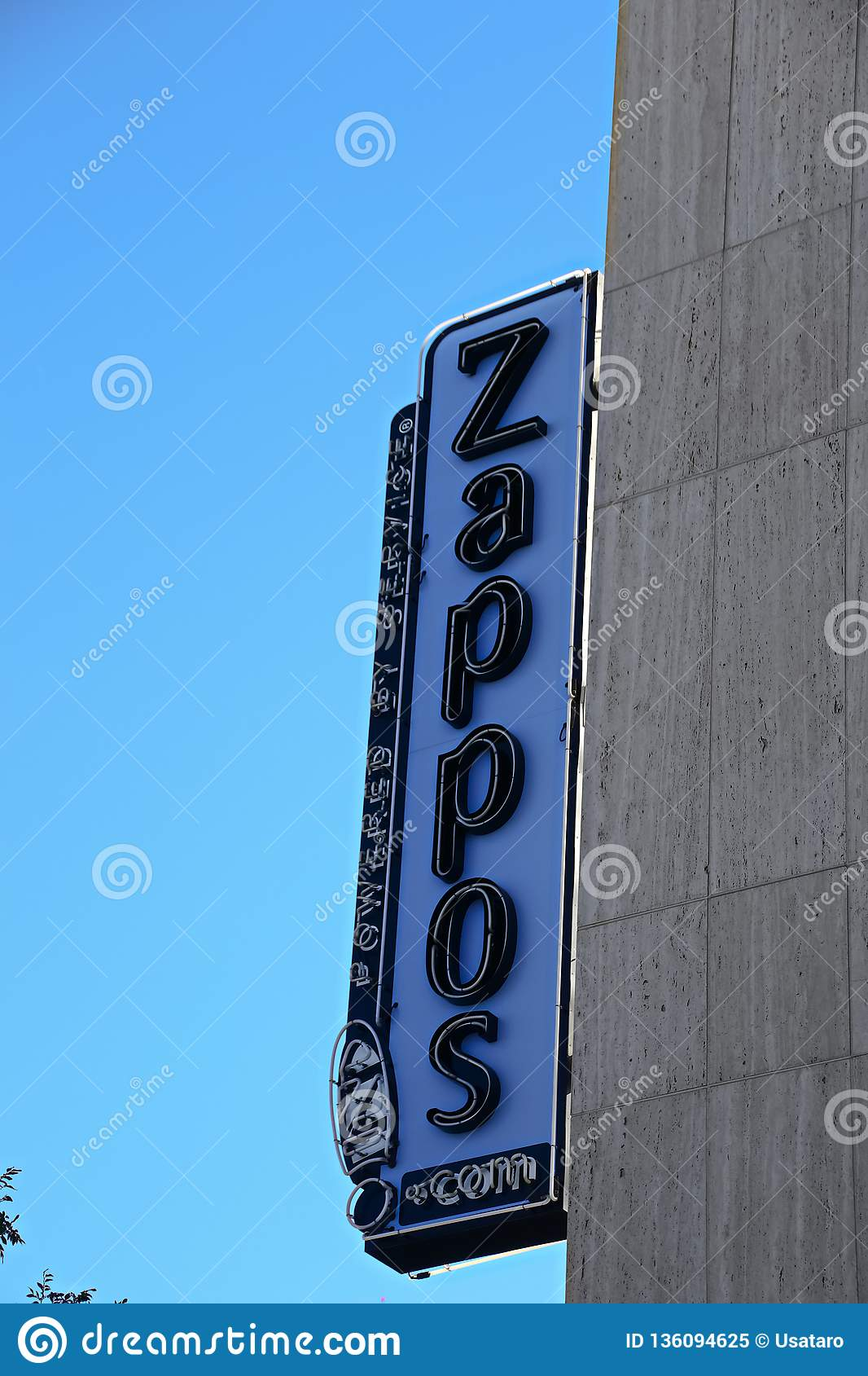 Fachada ayuntamiento Las Vegas Ahora poseído por el minorista en línea Zappos