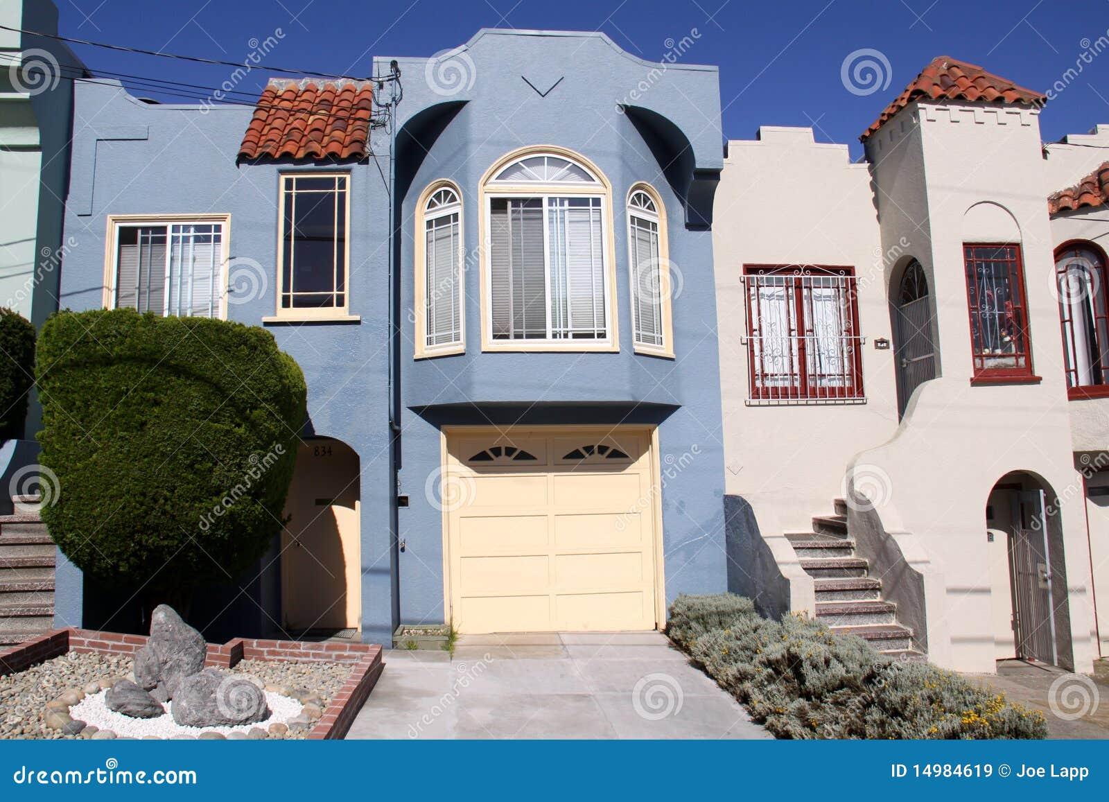 Fachada azul de la casa de san francisco for La casa del azulejo san francisco