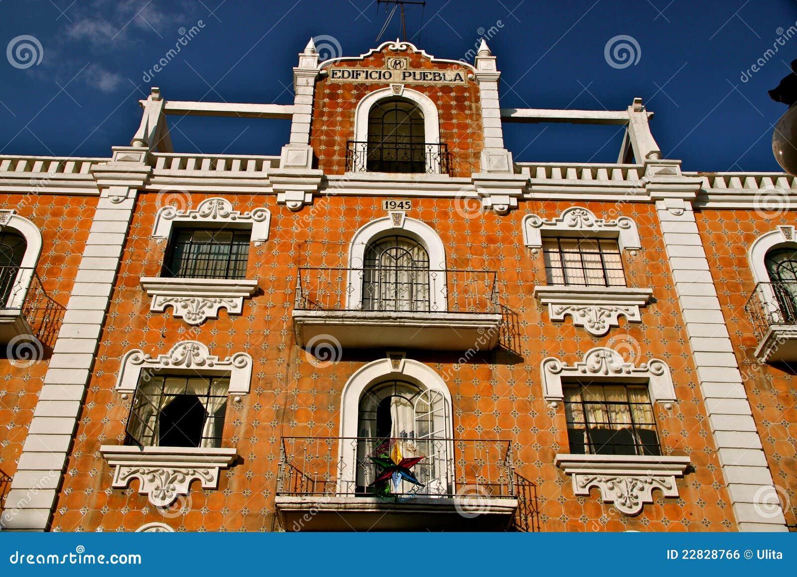 Fachada con los azulejos de talavera puebla m xico foto for Casa de los azulejos puebla