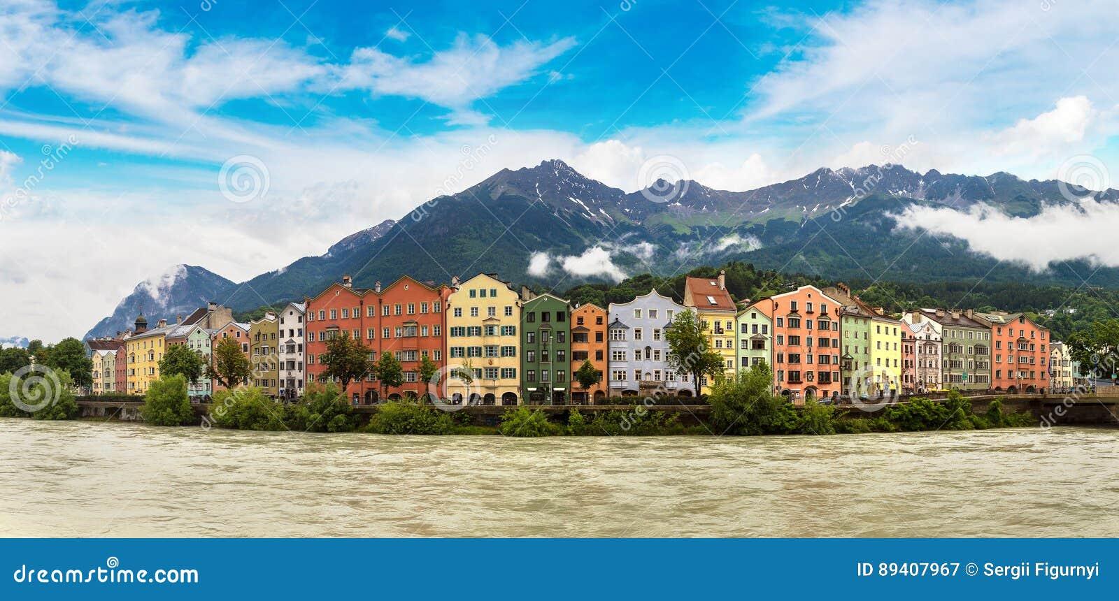 Fachada da construção em Innsbruck