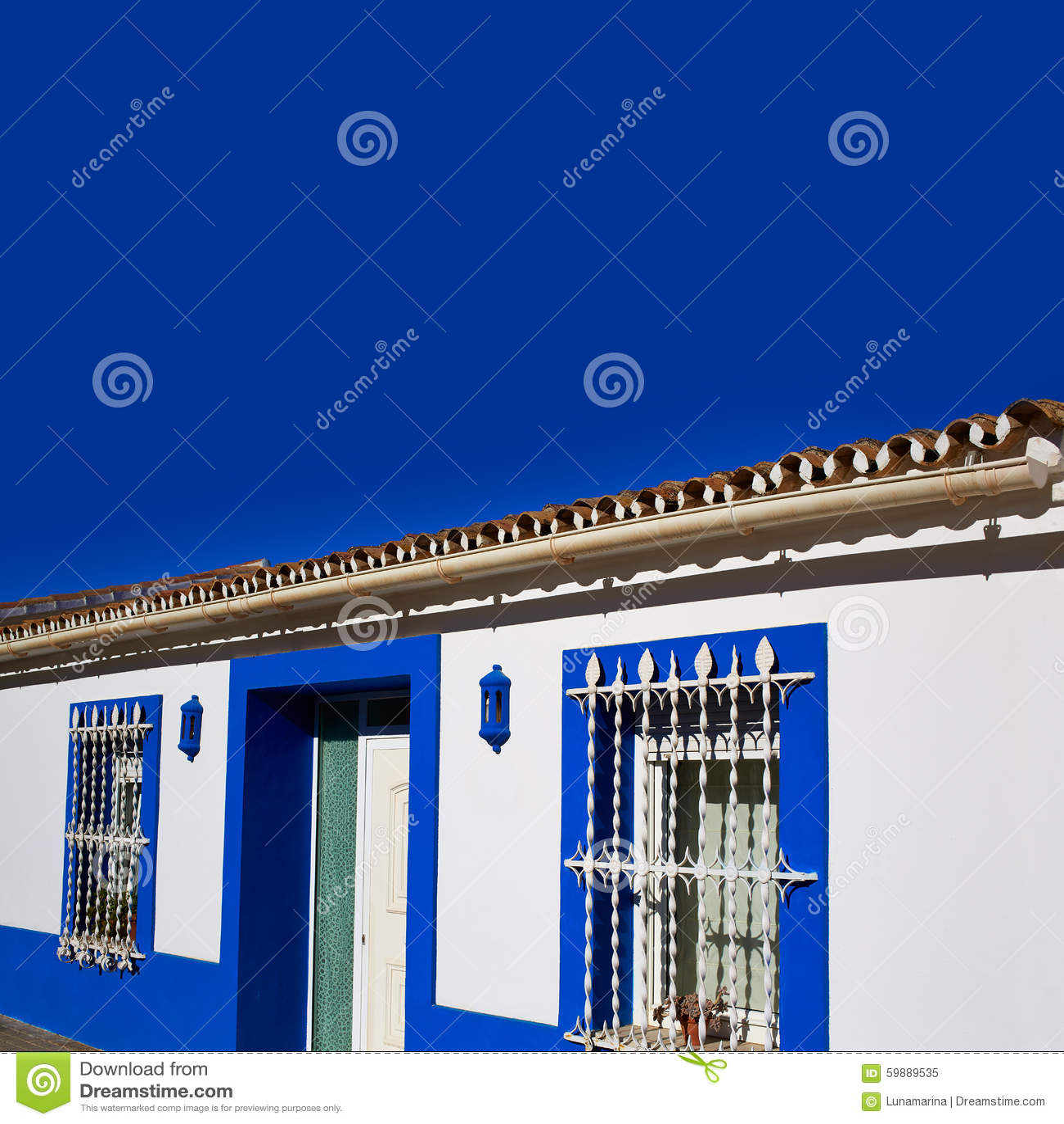 Fachadas Mediterráneas De Denia Village En Alicante Imagen