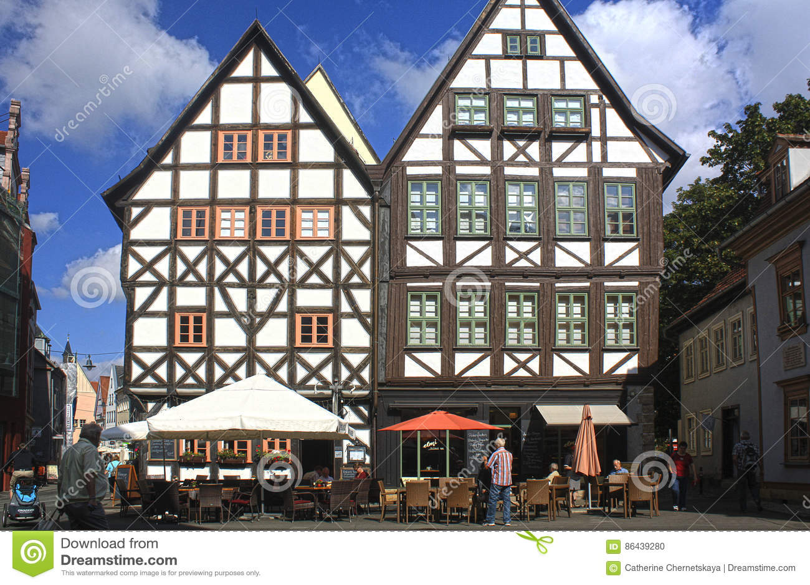 Fachwerk房子在埃福特,德国