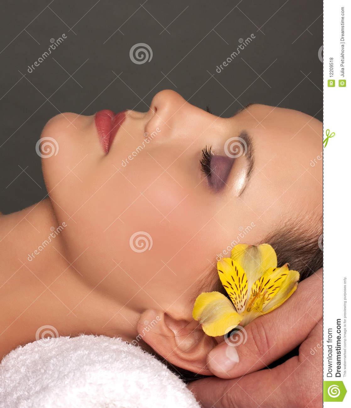 Facial massage and heads