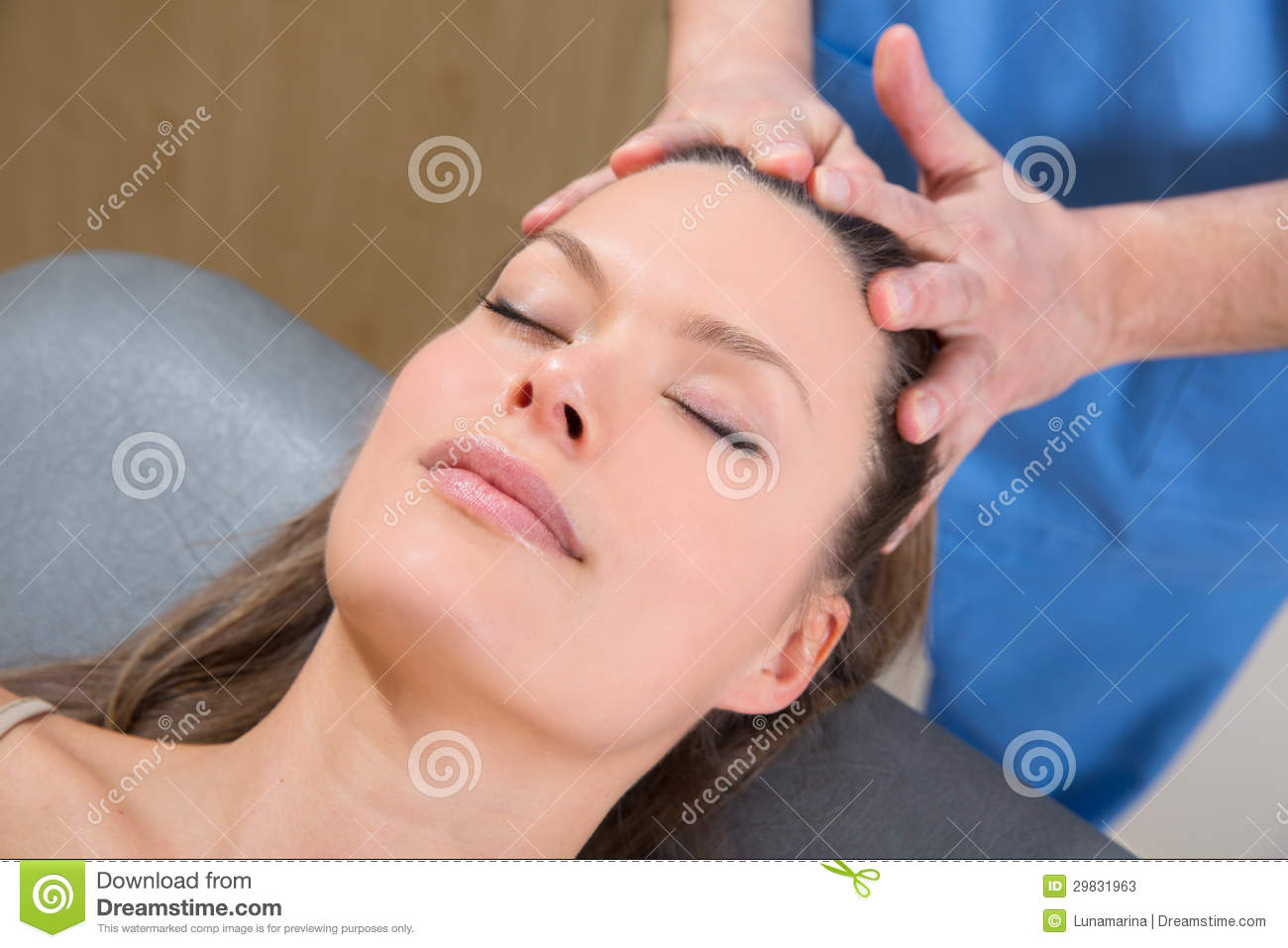 therapeutic massage face healing hands