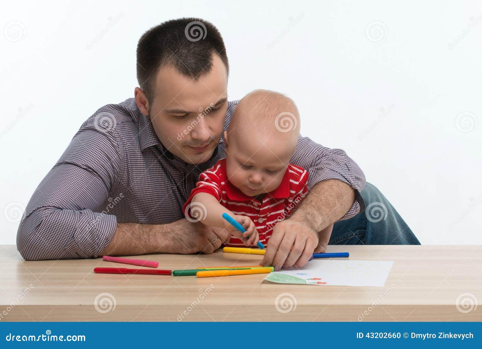 Download Fader- Och Litet Barnsonteckning Arkivfoto - Bild av fader, mänskligt: 43202660