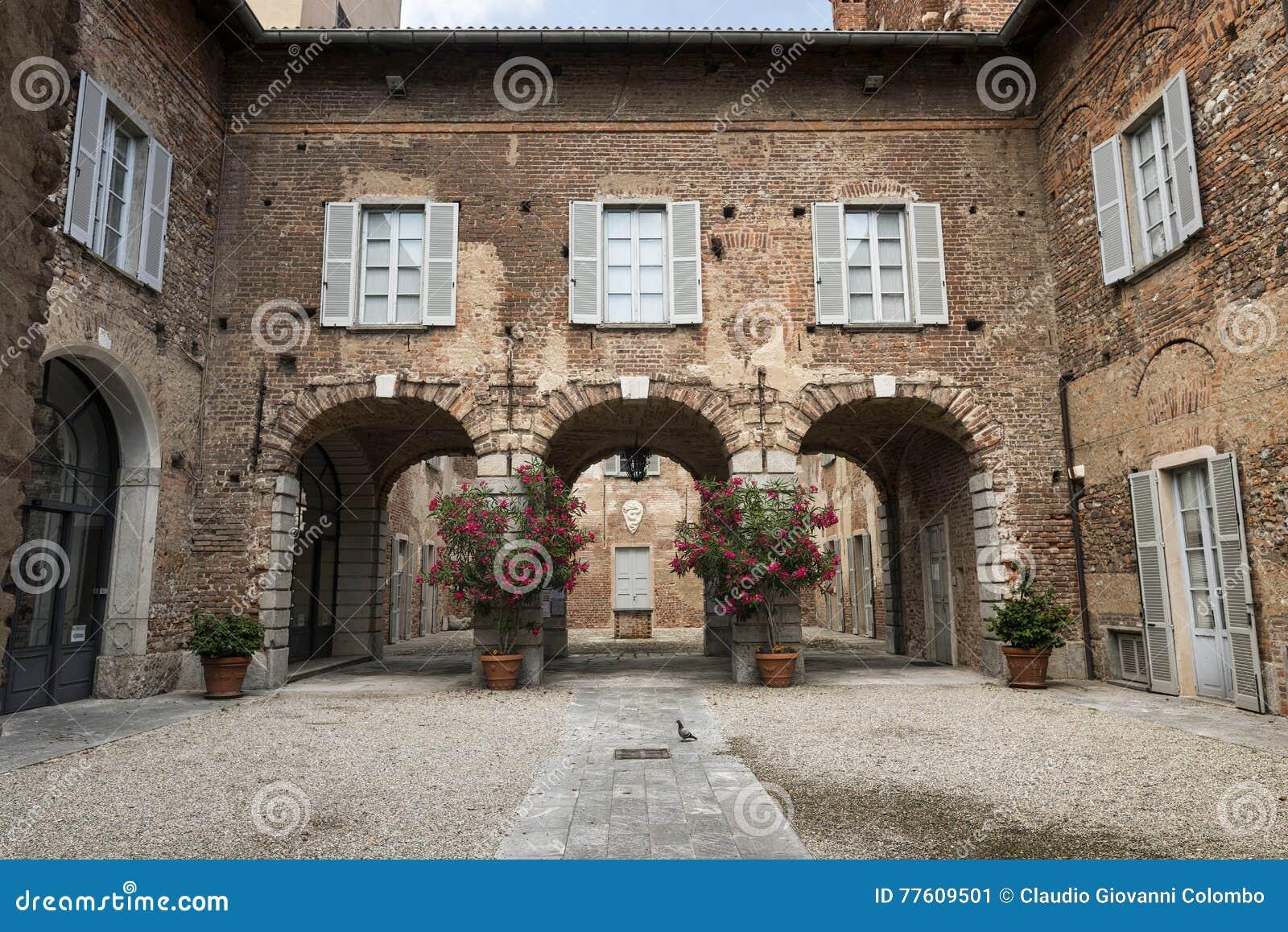 Fagnano Olona & x28; Italy& x29; , slotten