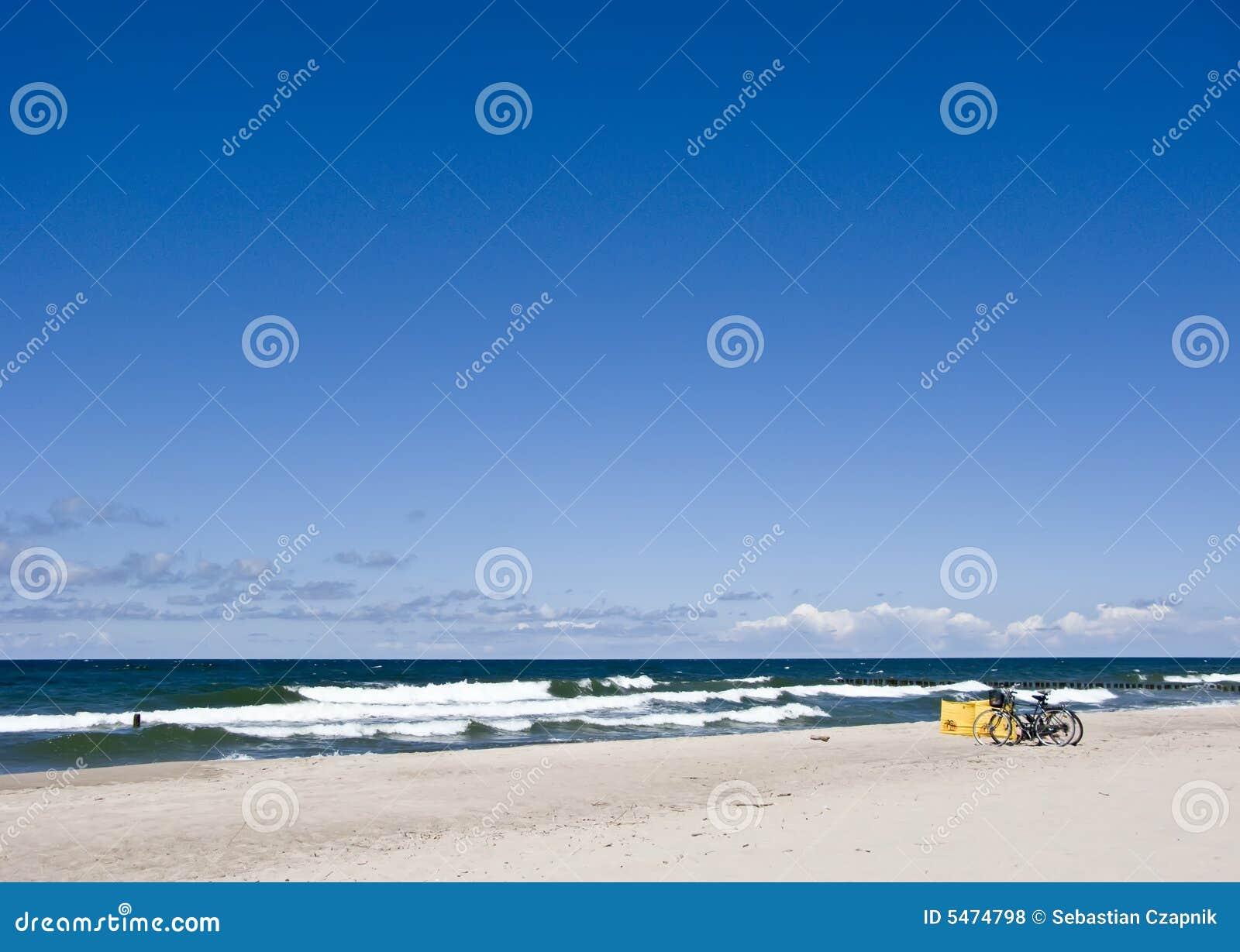 Fahrräder auf Strand